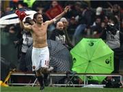 """Totti dọa rời Roma: Chuyện """"nhỏ như con thỏ"""""""