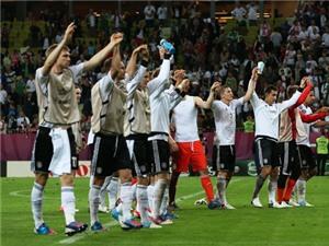 Nhận diện sức mạnh Đức: Chờ người hùng mới Khedira