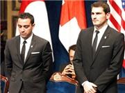 Iker Casillas và Xavi Hernandez: Tỏa sáng để khẳng định tương lai
