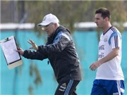 HLV Sabella phủ nhận mâu thuẫn với Messi