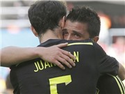 CHÙM ẢNH: David Villa bật khóc vì bị thay ra trong trận đấu cuối cùng với Tây Ban Nha