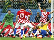 Brazil: Vua ăn vạ ở World Cup?