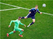 Neuer càng xa vòng cấm, bi kịch càng đến gần