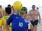 World Cup 2014: CĐV Brazil lao xuống biển ăn mừng chiến thắng