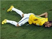 Tiết lộ: Neymar đã mất cảm giác chân sau pha vào bóng của Zuniga
