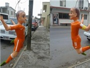 CĐV Mexico trút giận lên 'hình nhân' của Robben