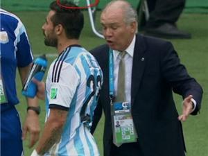 10 khoảnh khắc ngớ ngẩn và hài hước nhất World Cup 2014