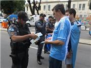 Bên lề World Cup: Thắt chặt an ninh trước giờ G