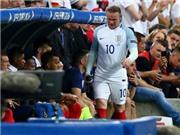 Vì sao Rooney bị Hodgson thay ở trận Anh hòa Nga?