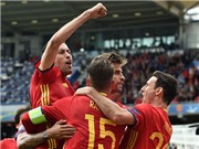 ĐIỂM NHẤN Tây Ban Nha 1-0 CH Czech: Cech là siêu nhân, Pique giải cứu nhà ĐKVĐ