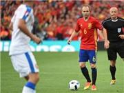 Người hùng Iniesta: Khoảnh khắc lớn trong những trận chiến lớn