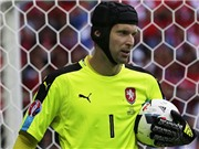 CH Czech 0–2 Thổ Nhĩ Kỳ: Mình Petr Cech là không đủ để cứu CH Czech