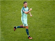 Cuối cùng, vẫn chỉ là Ronaldo cứu rỗi Bồ Đào Nha