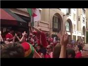 CĐV xứ Wales tái hiện màn cổ vũ kiểu 'Viking chant' của Iceland