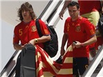 """Carles Puyol chia tay ĐT Tây Ban Nha: Tạm biệt """"Puyi"""""""