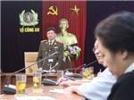 """Bắt Cù Huy Hà Vũ vì hành vi """"tuyên truyền chống phá Nhà nước CHXHCN VN"""""""