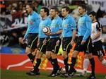 UEFA muốn 5 trọng tài/trận vào năm 2012