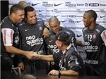 """""""Người ngoài hành tinh"""" Ronaldo: Từ Marseille đến Goiania"""
