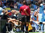 """""""Coi thường"""" đối thủ, Balotelli bị HLV Mancini phạt"""