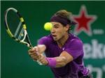 """Nadal """"thoát y"""" nhanh như chớp"""