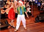 Quán quân Đồ Rê Mí hát trên truyền hình Australia