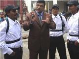 """""""Kẻ tồi tệ nhất"""" Bangladesh được hâm mộ"""