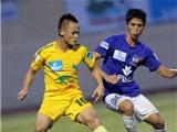 Đối thoại cùng Nguyễn Văn Quyết và Lê Quốc Phương: Cầu thủ trẻ ít cơ hội cọ xát