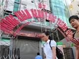 Ai cho phép phòng khám Trung Quốc 'lộng ngôn'?
