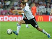 Hậu vệ tấn công Philipp Lahm: Chìa khóa vạn năng