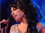 """Giỗ đầu Amy Winehouse: Giọng ca chưa """"tắt"""""""