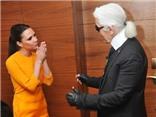 """""""Huyền thoại Chanel"""" mê mẩn Victoria Beckham"""