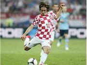 Sau van Persie, vụ Modric  tới Real cũng xong