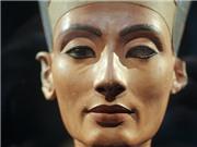 Triển lãm nhân 100 năm phát hiện tượng Nefertiti