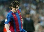 VIDEO: Messi đã ra mắt đội một Barca như thế nào?