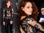 "Kristen Stewart ""nâng cấp"" độ gợi cảm với đồ ren xuyên thấu"