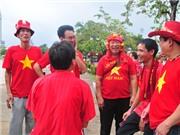 VIDEO: Một ngày của CĐV Việt Nam tại Bangkok