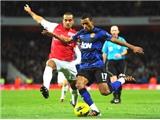 Arsenal rối loạn:  Walcott theo chân van Persie đến M.U?