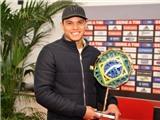Neymar, Silva và Alves cùng đua tranh danh hiệu Quả bóng vàng Samba 2012