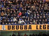 CĐV cứ nhớ Drogba, Torres làm sao đá được!