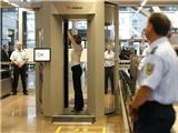Gần 1.000 nhân viên an ninh sân bay ở Đức bãi công