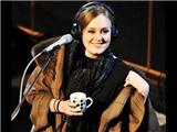 """Nghỉ ngơi một năm, Adele vẫn thống trị """"Billboard"""""""