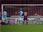 """VIDEO: """"Siêu phẩm"""" bàn thắng khiến Napoli ôm hận"""