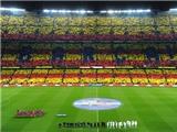 Cuộc chiến Barca - Real: Thắng sân cỏ, thắng luôn phòng vé!