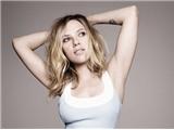 Scarlett Johansson lại khoe đường cong hút hồn trên Elle