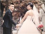 Tiền vệ Quốc Hiền cưới vợ đúng dịp đầu năm 2013