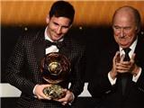 VIDEO điểm tin sáng: Messi giành Quả bóng vàng, Liga thống trị đội hình tiêu biểu