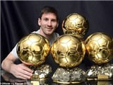 Malaga lại làm nền cho Messi rạng rỡ