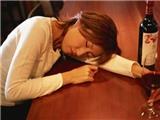 Xử phạt người uống rượu trong quán karaoke: Có khả thi?