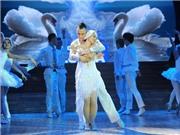 Nhìn lại Bước nhảy Hoàn vũ 2013: Lan Phương một mình một đường