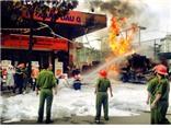 CHÙM ẢNH: Hiện trường vụ cháy tại cây xăng gần viện 108 Hà Nội